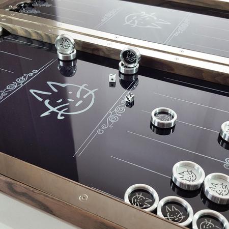 """Нарды """"Котэ"""" стилизированные под запонки заказчика с его инициалами на металле."""