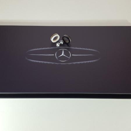"""Нарды """"Mercedes-Benz"""" черные, стильные, стеклянные, подарок другу мужчине на юбилей 30 лет."""