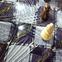 Шахматы стеклянные с монограммой инициалов под заказ.